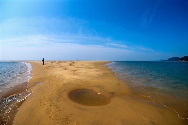옹진 25개 미지의 섬나라… 올여름,