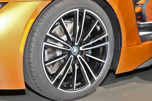 BMW, 'i8 로드스터' 공개… 친