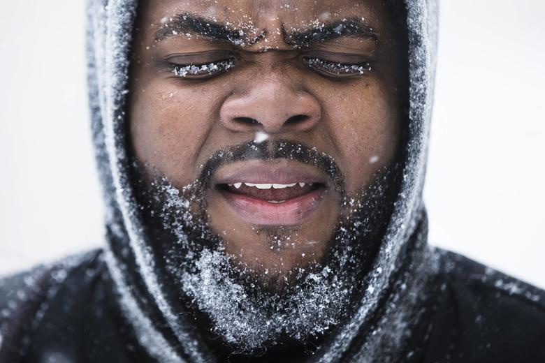 얼마나 추우면 수염에 고드름이 꽁꽁.