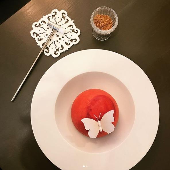 베리 좋아! 도심 속 딸기 디저트 맛