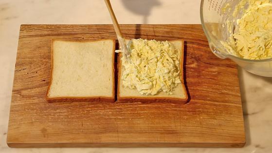 '리틀 포레스트' 속 양배추 샌드위치