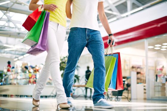 홈쇼핑서 산 전자제품 90%는 창고