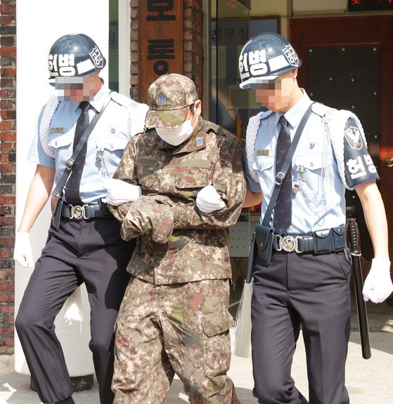 군인 폭행에 7살 아들 참변···母는