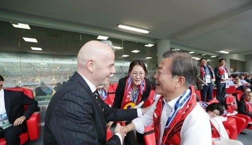 """文대통령 """"월드컵 남북공동개최 점점"""
