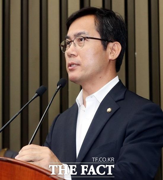 계파 갈등 터진 한국당 의총, 일부는