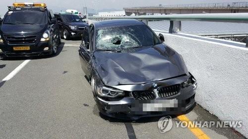 """""""김해공항 BMW 질주사고 가해자는"""