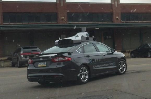 모습 드러낸 '우버표 자동운전 택시'