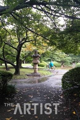 추적추적 비오는 날, 秋적한 신주쿠공