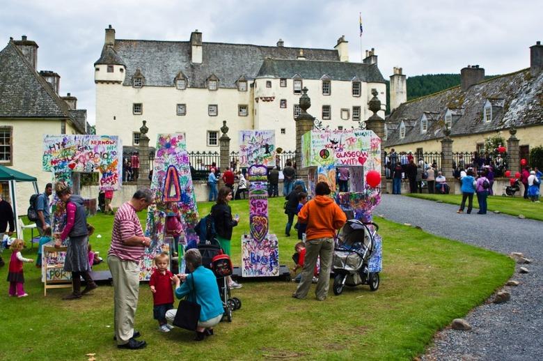 숙박이 가능한 영국 귀족의 궁전 및