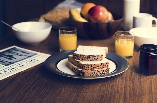 아침 식사로 추천하고 싶지 않은 음식