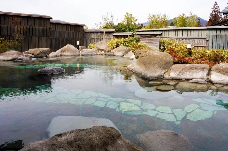따뜻한 일본온천이 그리울 때 가는 유