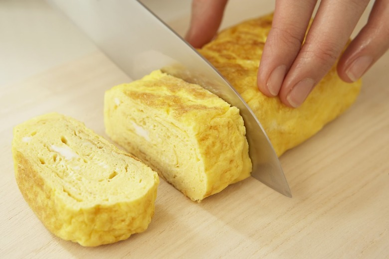 뭘 넣어도 맛있는 달걀말이 만드는 법