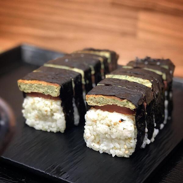 일품요리로도 손색없는 전국 이색 김밥