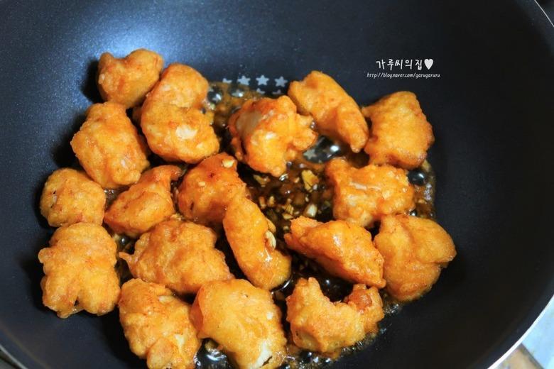 윤식당 닭강정, 간장소스에 맛깔나게