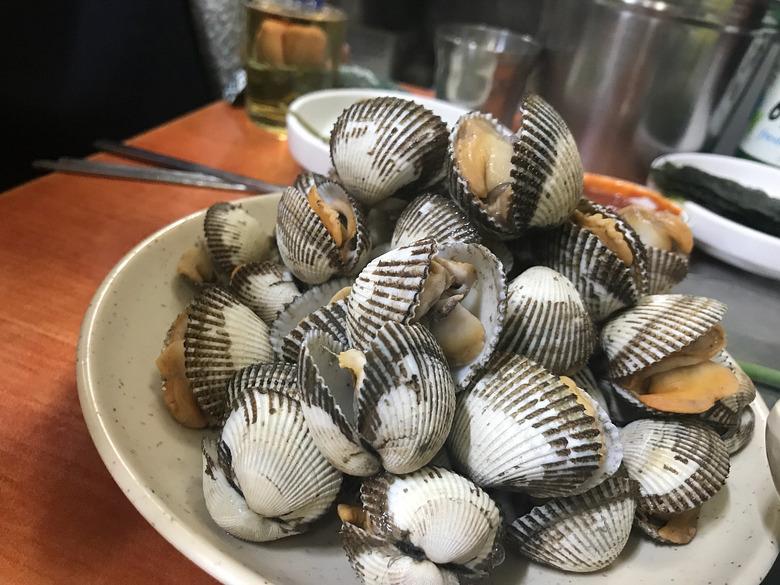 바다내음 가득한 참맛 참꼬막 맛집