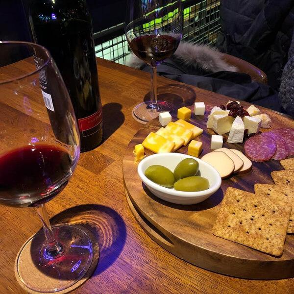 부담 없이 즐기기 좋은 와인카페 추천