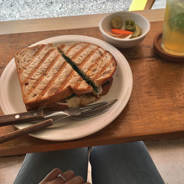 여유로운 주말을 완성 샌드위치 맛집