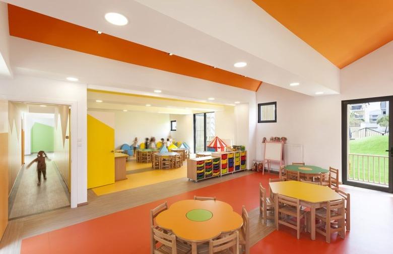 4rh Public Nursery i