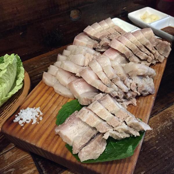 먹방의 즐거움이 있는 홍대 맛집 베스