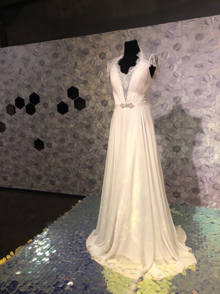 디어 마이 웨딩 드레스