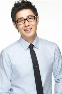 '황보라와 열애' 차현우 누구?···