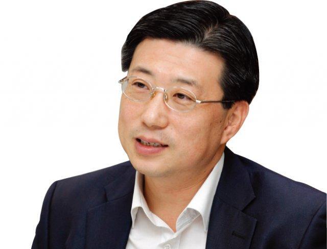 """""""朴, 최순실과 문고리 3인방에 사육"""