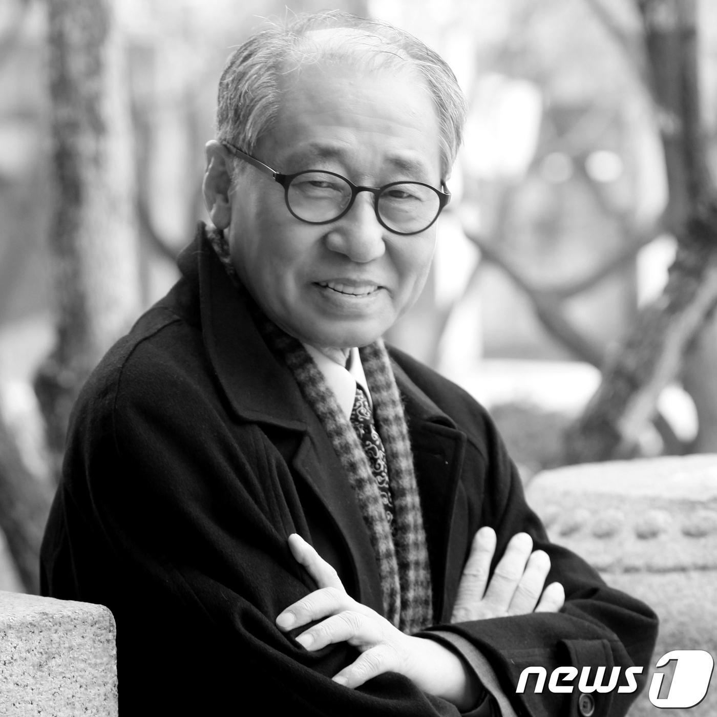 '촌철살인의 선생' 문학평론가 황현산