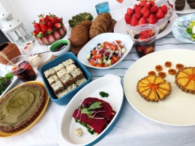 '콜리플라워크림 파스타'와 '아보카도솔트 케이크'등 종류도 다양한 로푸드 음식들