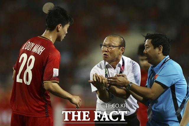 '박항서 매직' 베트남, 북한과 1-