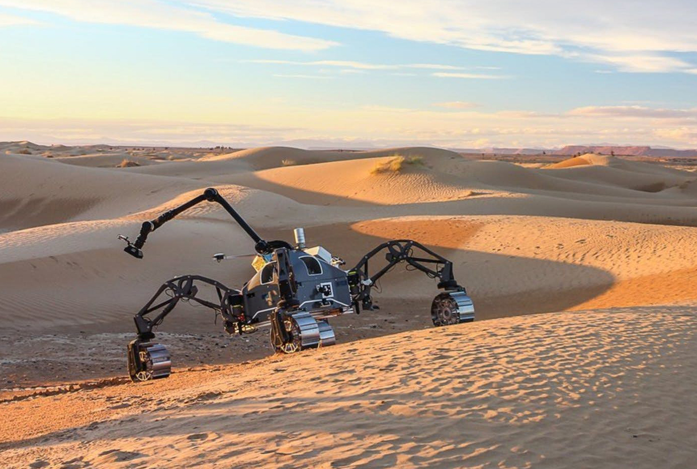 화성에 거미 로봇이…네 다리 달린 셰