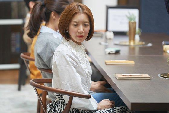 강인한 아름다움… SKY캐슬 윤세아의