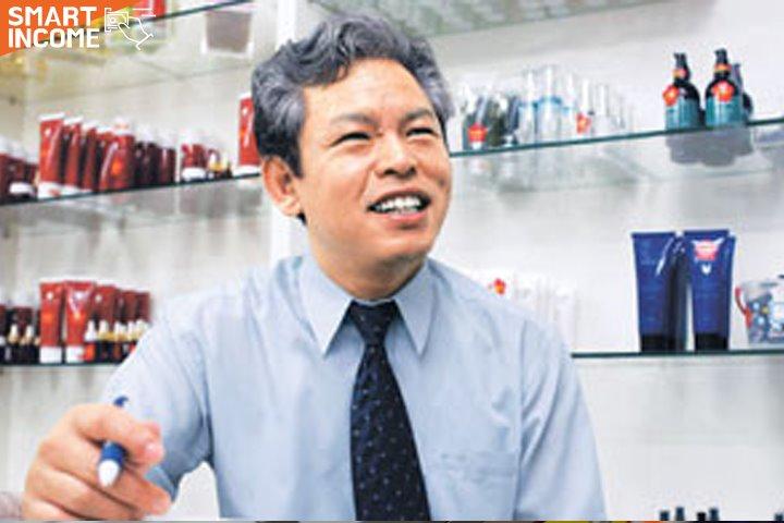 """""""화장품이 비쌀 이유가 없죠"""" 연구원"""