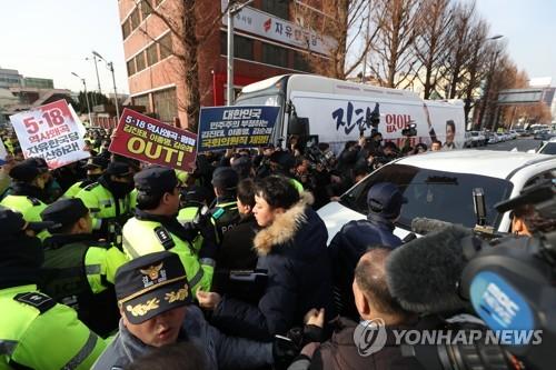 """""""우리가 괴물집단이냐"""" 김진태 광주방"""