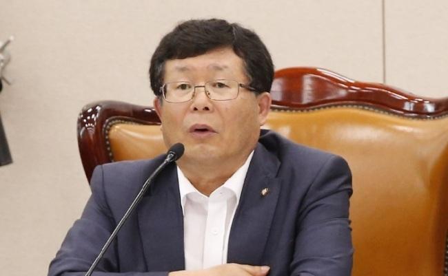 설훈 '20대남성 지지하락 前정부 교