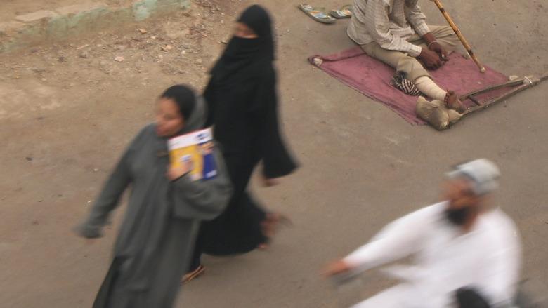 사우디아라비아, 미니스커트 입은 여성
