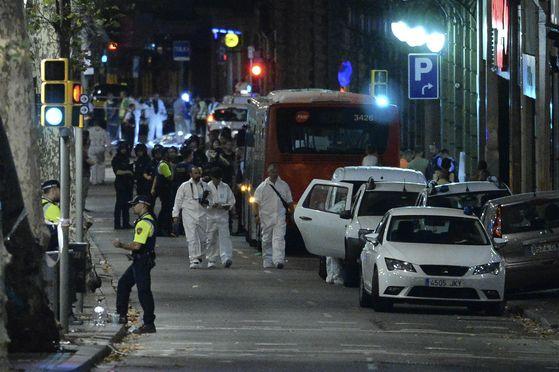 런던·파리 이어 바르셀로나까지 테러…
