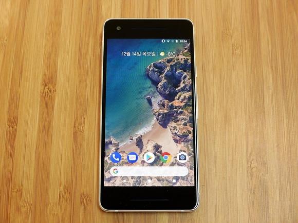구글 표준 스마트폰 최신작 '픽셀2'