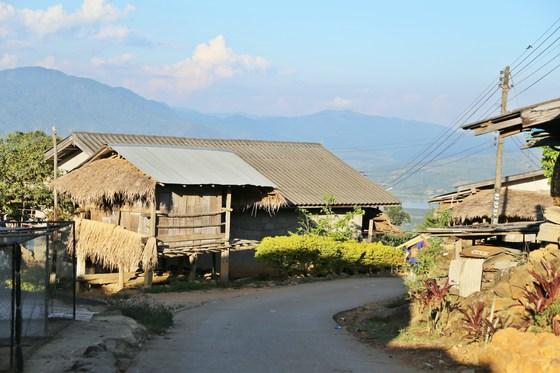 고산족 마을의 올인클루시브 리조트?
