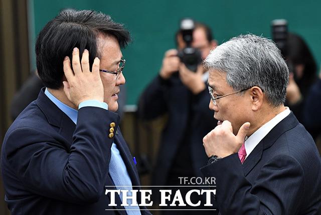 '전당원투표' 안철수 승부수에 親安-