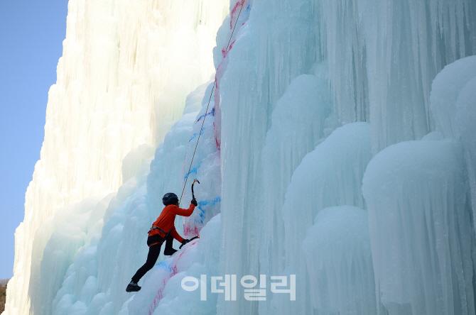 오지의 겨울왕국 '봉화 분천역' vs