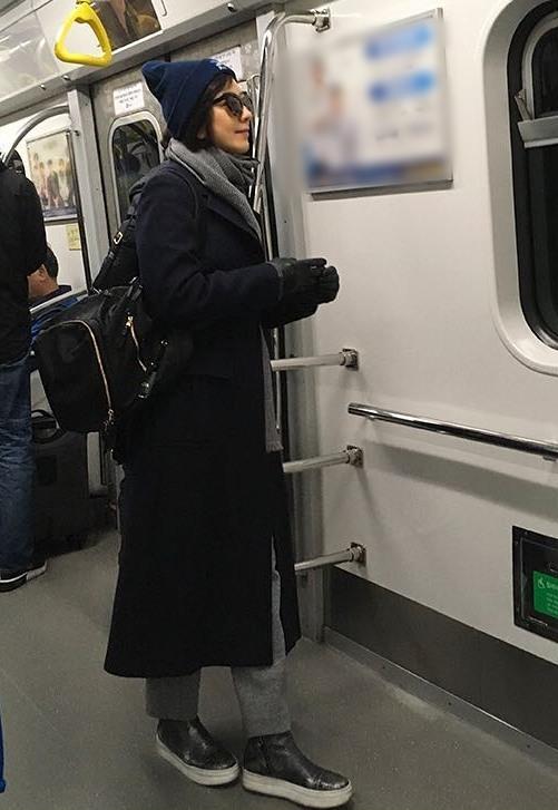 """""""아무도 모르게 여행을"""" 김희애, 지"""