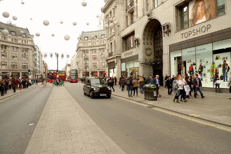 신나는 런던 쇼핑을 즐길 수 있는 핫