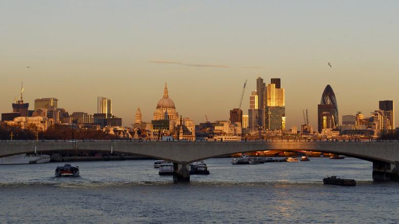 영국 드라마 셜록을 따라 떠나는 런던