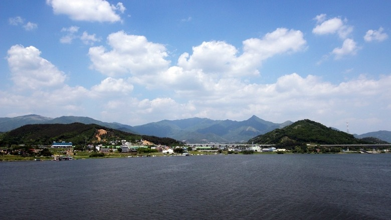 남한강변에서 보낸 한낮의 여유