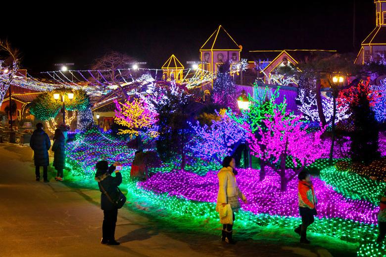 긴 겨울 밤을 밝히는 불빛축제