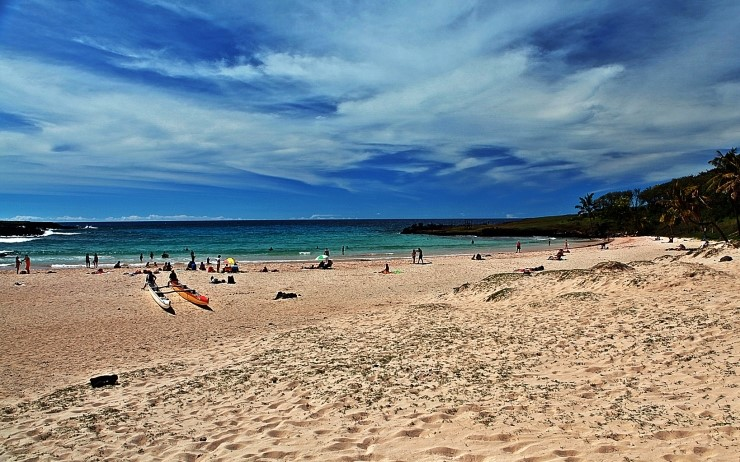 아나케나비치(Anakena Beach