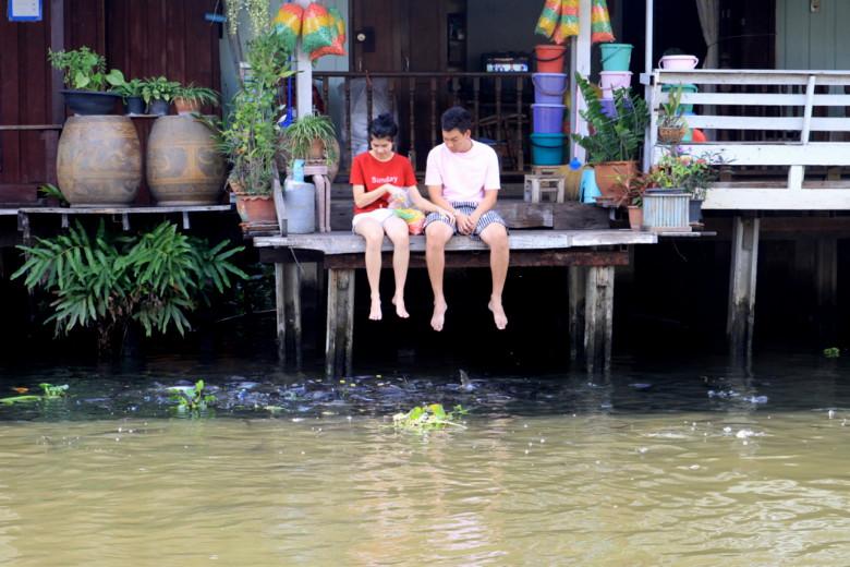 운하마을 방루앙, 물 위에서 보낸