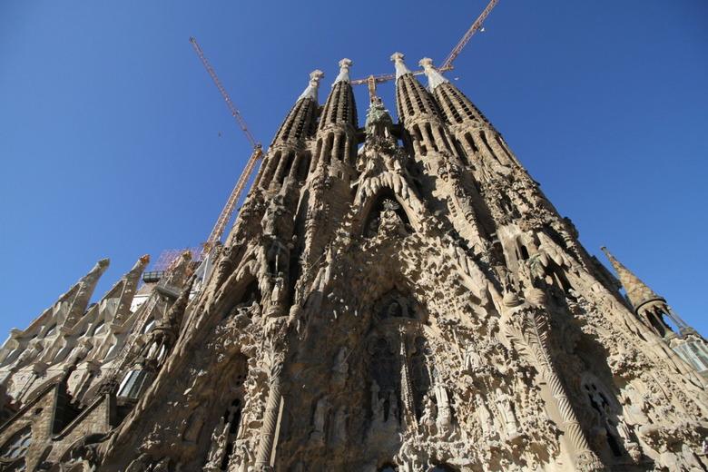 가우디의 숨결을 찾아 바르셀로나 여행