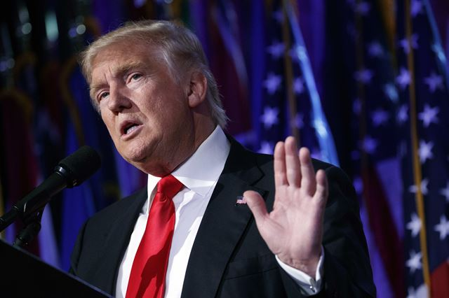 페이스북이 트럼프를 대통령으로 만들었