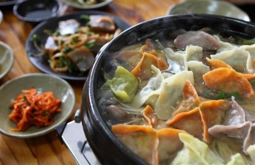 그리운 집밥 맛있는 밥집… 아 ~ 엄